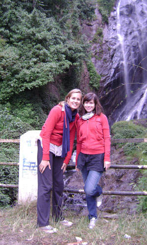 Marijin and Thalia near a waterfall