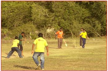 Lak Aruna batsmen at the crease
