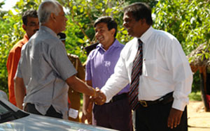 Mr Weerathunga being welcomed by ETPL team