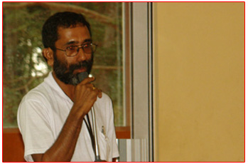 Head Master speaking at the felicitation ceremony