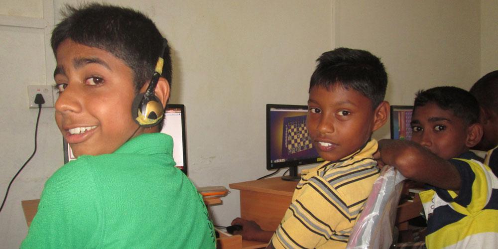 computer-kids2