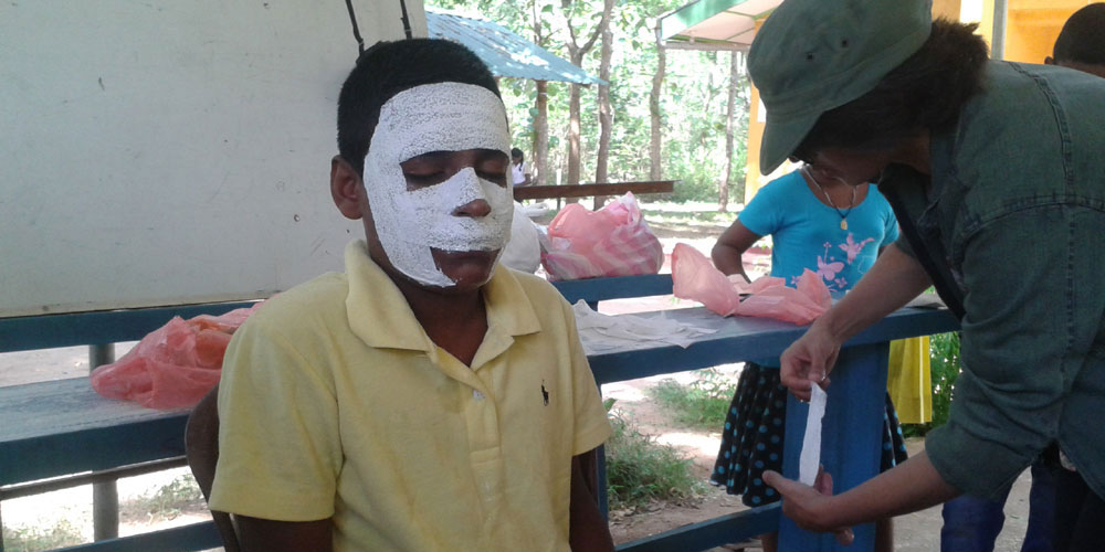Miss Nayab help making masks for the children