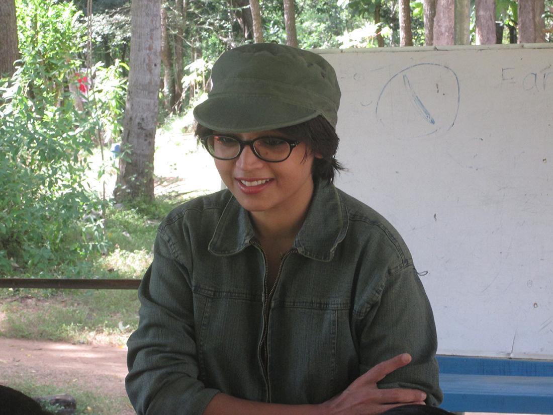 Miss Nayab Rehman with Horizon Lanka students