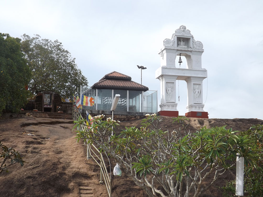 The bell in Tantirimale temple