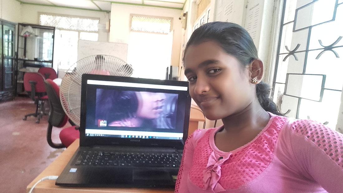 Tharani Madhara Rathnayaka taking a selfie