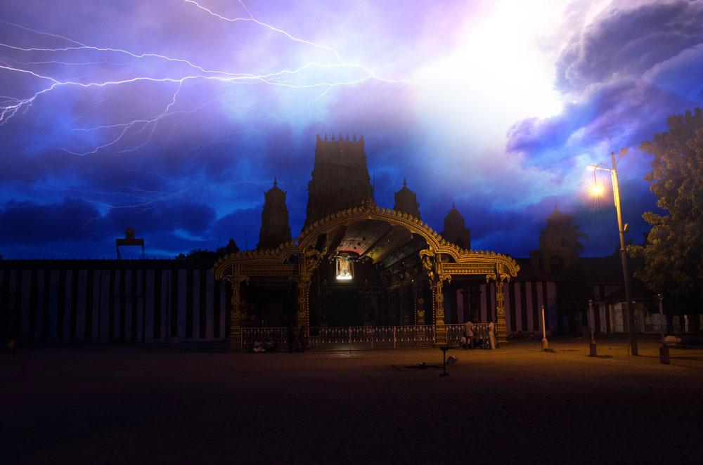 A Hindu temple - Photo credits - Tomáš Nebáznivý