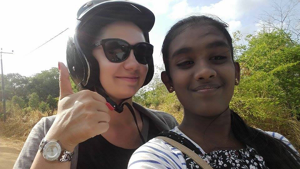 Nikola Tillova with Tharani, a student at Horizon Lanka
