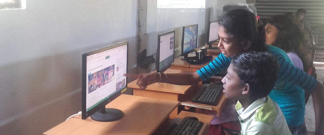 Children using internet at Horizon Academy, Tantirimale