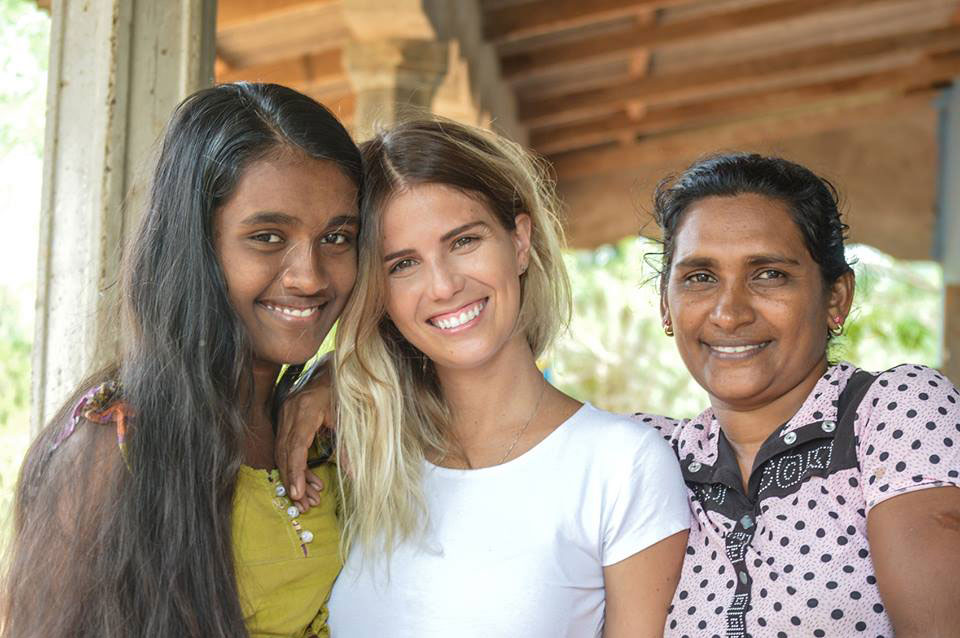 Juliana with the host family (Tharani and her mother Vijitha)