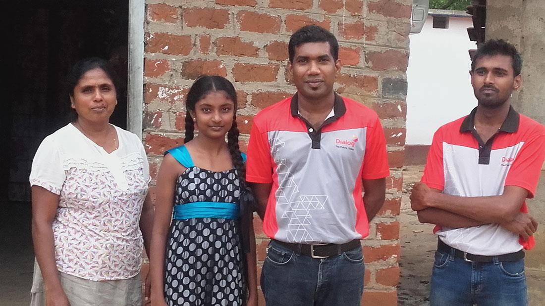 Diaog Axiata PLC team at Aruni Apsara's house