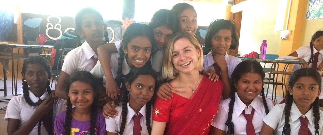 Julie Desperiez with the students of Thakshila Public School