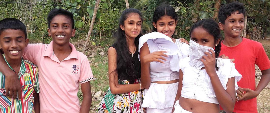 Ralapanawa Students