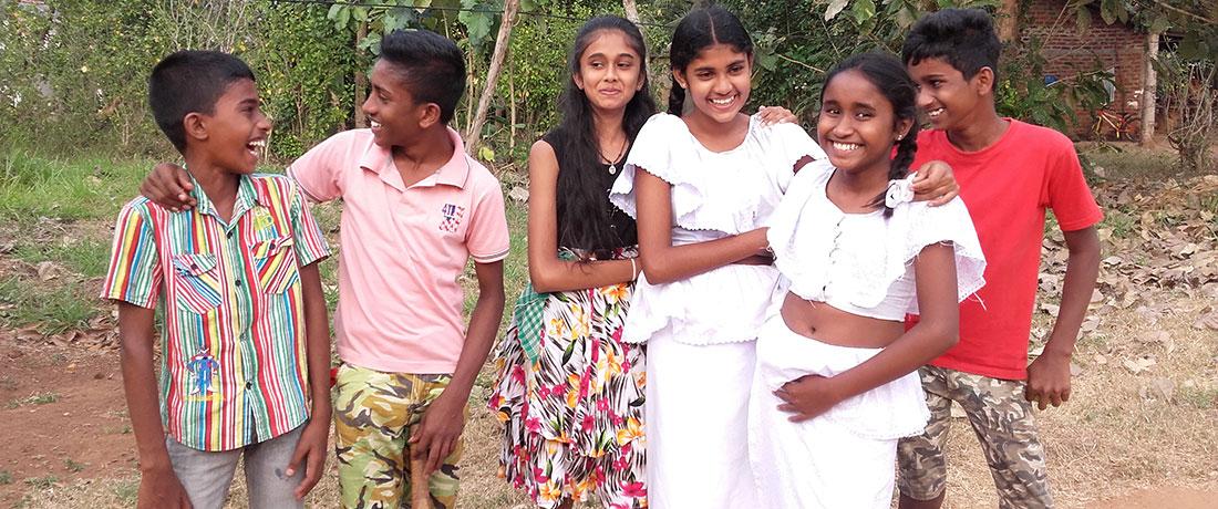 ralapanawa-students