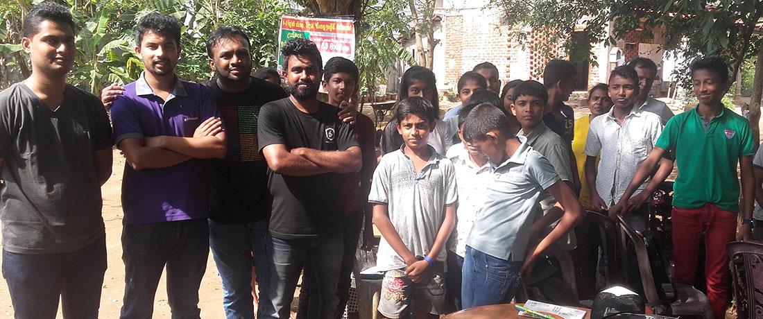 Coderdojo Sri Lanka team with the staff and the students of Horizon Lanka