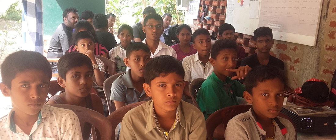 Students at Coderdojo Sri Lanka workshop