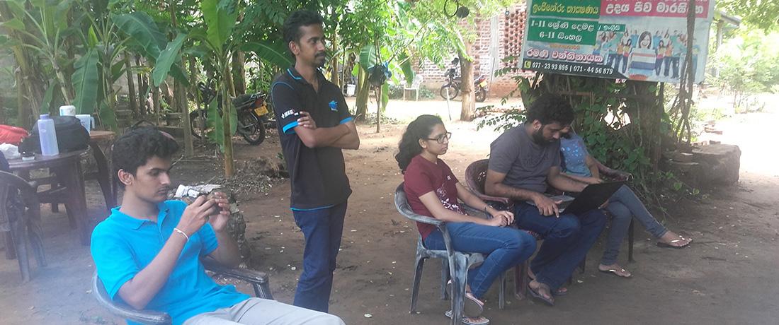 Sumedhe Dissanayake addressing the students and the staff of Horizon Lanka Foundation