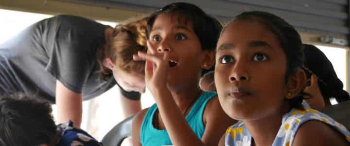 L'effet Libellule Project Holds a Workshop in Horizon Academy – Panama, Sri Lanka – English
